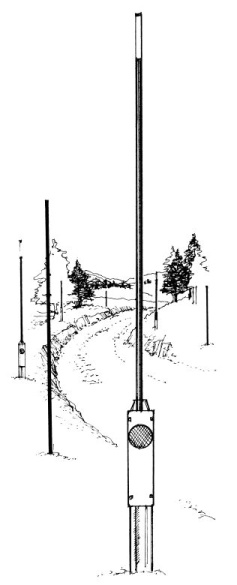 Delineator Snow Pole